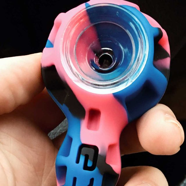 10 Best Silicone Weed Pipes You Can Buy Right Now